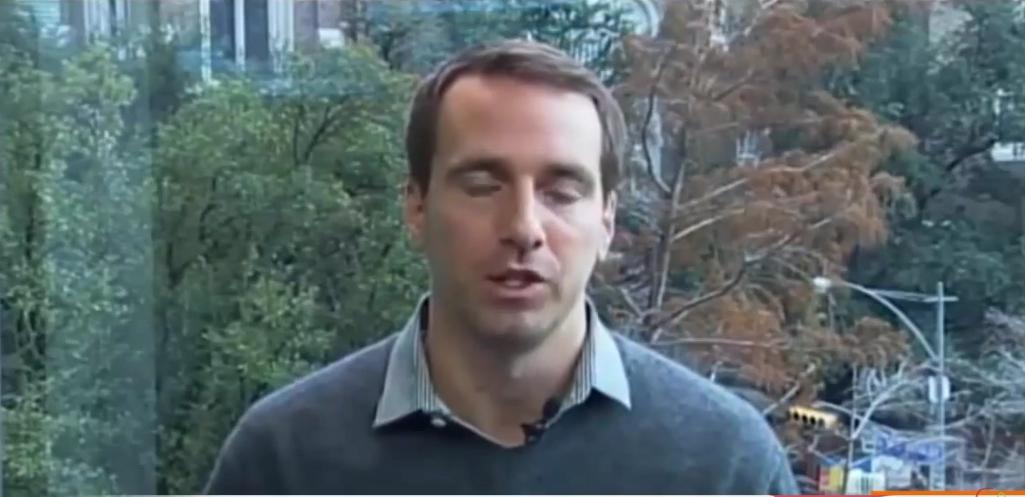 فيديو مدبلج : حوارٌ مع متداولٍ حوّل 20.000 دولار الى 2 مليون دولار