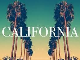 الحرائق تلتهم منازل كاليفورنيا