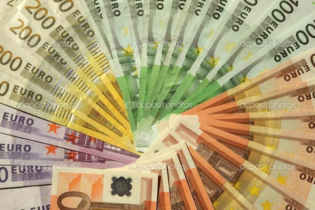 ما يهم المضاربين في اجتماع اليورو اليوم .