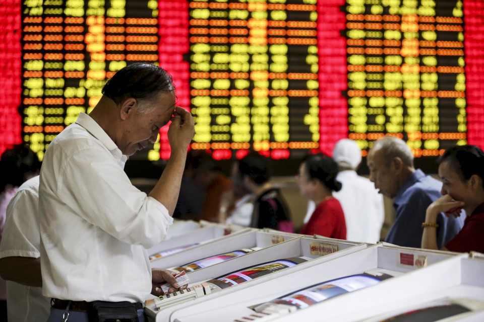 التخوف من تباطؤ الاقتصاد الصيني يؤثر سلبا على بورصات العالم
