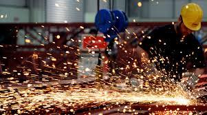 الإنتاج التصنيعي لبريطانيا إيجابياً ..