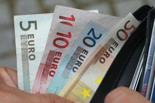 تحديث فرصة تداول على اليورو مقابل الدولار النيوزيلندي .