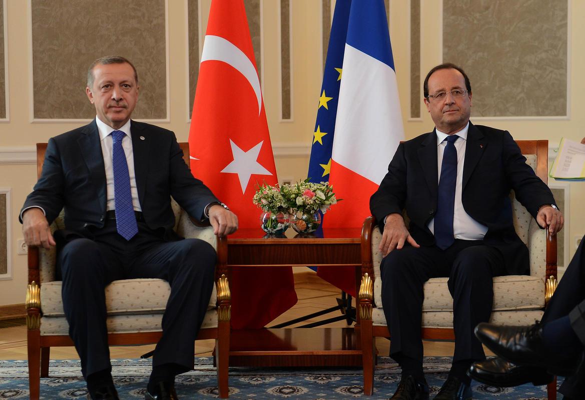 اغلاق البعثات الدبلوماسية الفرنسية في تركيا حتي اشعار اخر