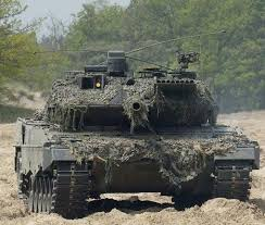 اكبر تحرك عسكري في اوروبا ردا علي الصاروخ النووي الروسي