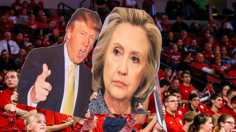 كلينتون تتقدم على ترامب بفارق 5 نقاط في استطلاع جديد للرأي