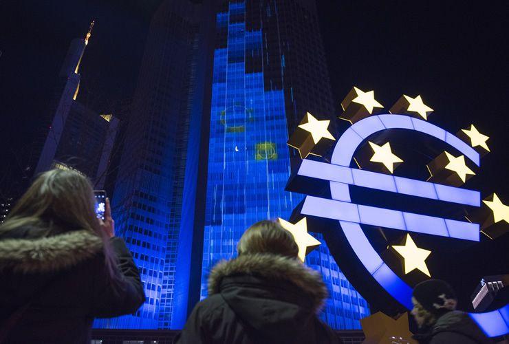 فرصة قريبة على اليورو دولار