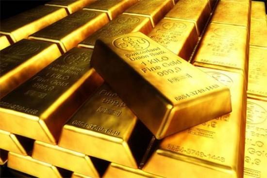 ضعف الدولار يدفع الذهب لاعلى مستوياته منذ سبتمبر 2017