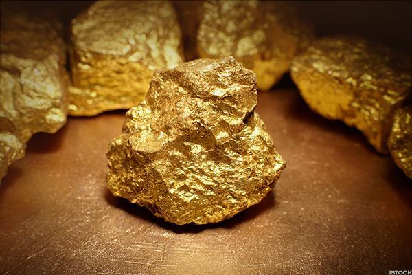 هل سيستكمل الذهب الهبوط ؟